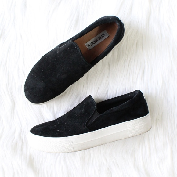 3855b570059 STEVE MADDEN Gills Platform Slip-On Sneaker. M 5a8590f21dffda46b40f3d28